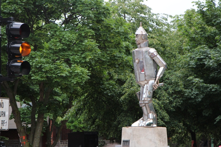 Statue of Tin Man in the Lincoln Park neighborhood of Chicago